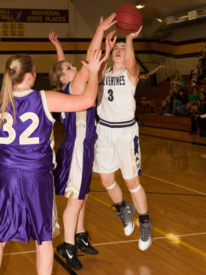 GIRLS BASKETBALL-8206.jpg