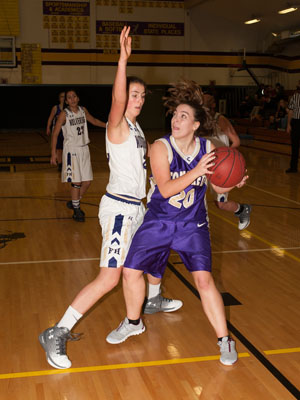 GIRLS BASKETBALL-8214.jpg