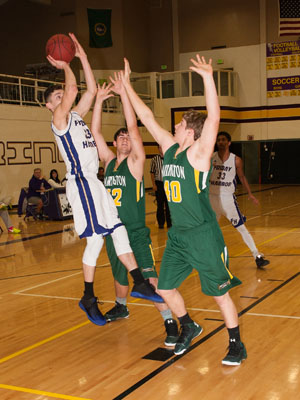BOYS-BASKETBALL-7094.jpg