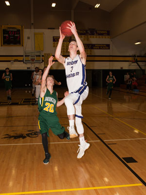 BOYS-BASKETBALL-7097.jpg