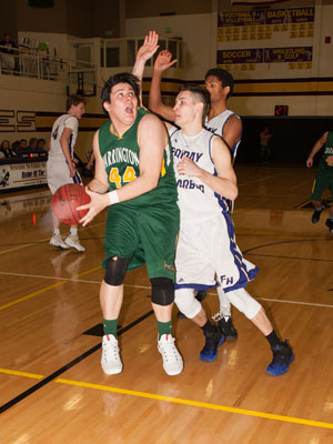 BOYS-BASKETBALL-7151.jpg