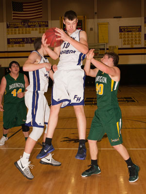 BOYS-BASKETBALL-7156.jpg