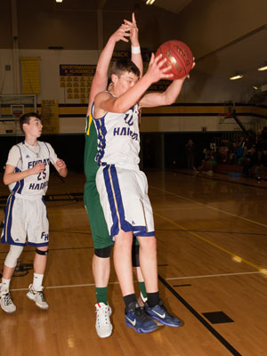 BOYS-BASKETBALL-7162.jpg