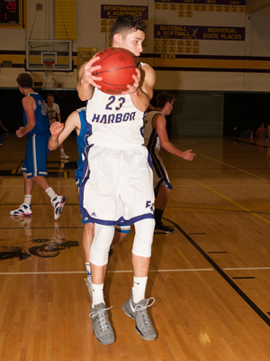 BOYS-BASKETBALL-1788.jpg