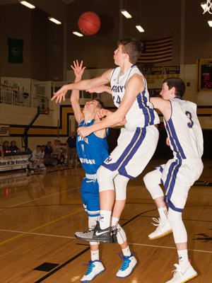 BOYS-BASKETBALL-1798.jpg