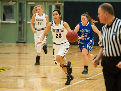 GIRLS BASKETBALL-9774.jpg
