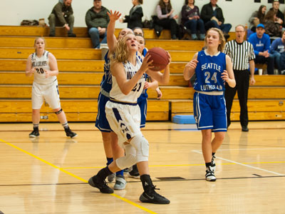 GIRLS BASKETBALL-9779.jpg