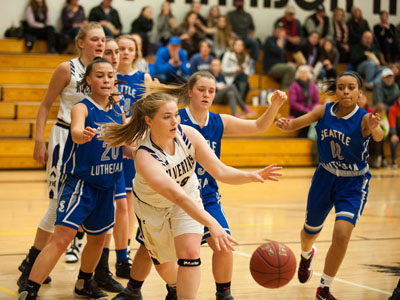 GIRLS BASKETBALL-9791.jpg