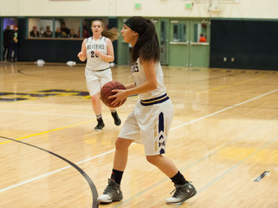 GIRLS BASKETBALL-9834.jpg