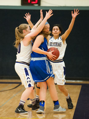 GIRLS BASKETBALL-P9768.jpg