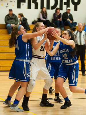 GIRLS BASKETBALL-P9782.jpg