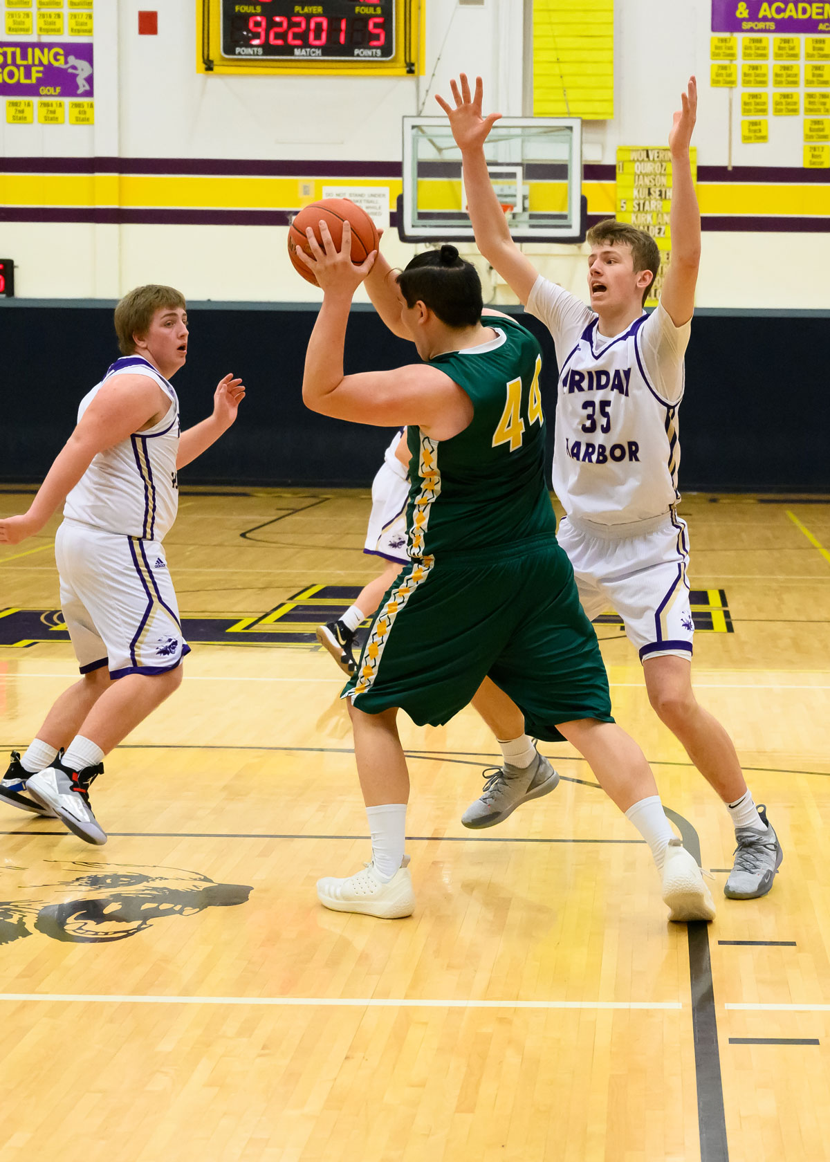boys-basketball-1308.jpg
