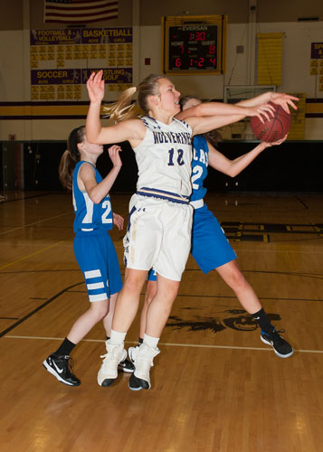 girls-basketball-4115.jpg