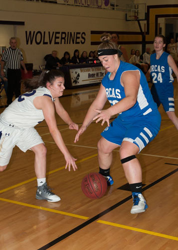 girls-basketball-4116.jpg