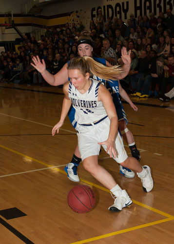 girls-basketball-4140.jpg