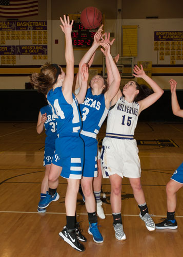 girls-basketball-4149.jpg