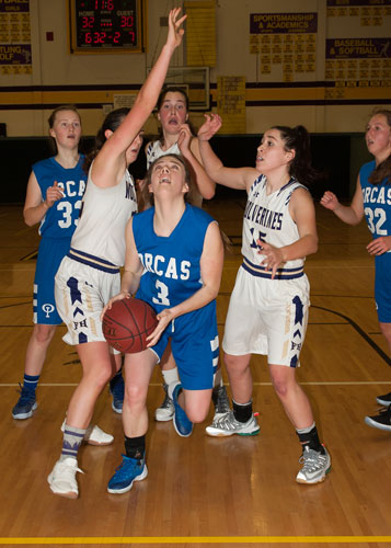 girls-basketball-4150.jpg